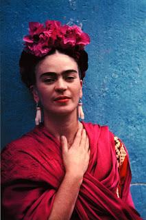 Frida Kahlo en la Casa Azul de México