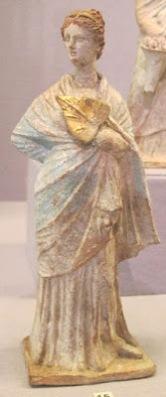 Figurilla griega de Tanagra.